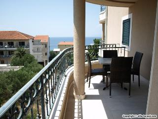 TH03486 Apartments Villa Tučepi / Two Bedroom A7 - Tucepi vacation rentals