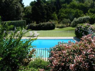 Studio met zwembad en tennisterrein - La Garde-Freinet vacation rentals