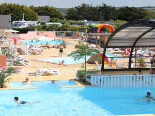 Nice Caravan/mobile home with Internet Access and Children's Pool - Les Pieux vacation rentals
