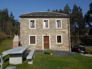 Stone house just 2 min from the beach - O Vicedo vacation rentals