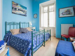 Sea - Homeward B&B - Salerno centro storico - Salerno vacation rentals