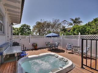 Elegant Hideaway in Carpinteria - Walking Distance To The Beach - Sleeps 6 - Carpinteria vacation rentals