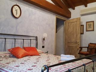 2 bedroom House with Internet Access in Pavia - Pavia vacation rentals