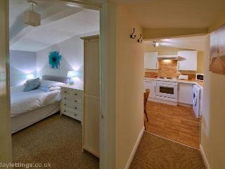 Lovely Cabin with Internet Access and Wireless Internet - Whippingham vacation rentals