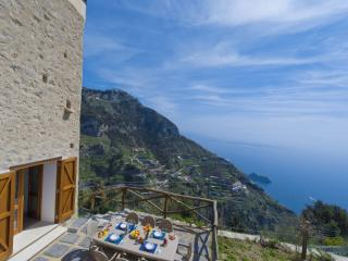 Nido del Falco - Furore vacation rentals