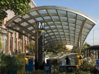 Luxury Condo 2 Metro Stops to Monuments/DC! - Arlington vacation rentals