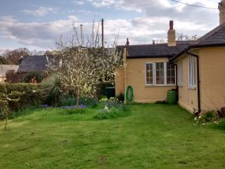 Country cottage in Bembridge on the Isle of Wight - Bembridge vacation rentals