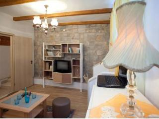 Authentic apartment in city centre - Split vacation rentals