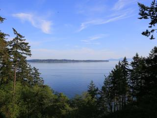 Waterfront Luxury Cottage-Sea cliff - White Rock vacation rentals