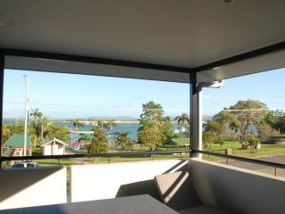 Amazing  Cooktown Harbour Views Luxury Apartment - Cooktown vacation rentals
