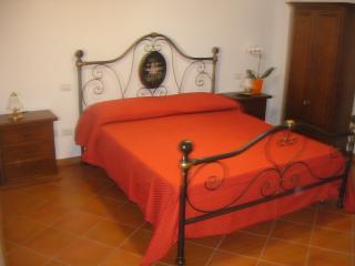 B&B sole e luna Capo Vaticano - Camera 4 - San Nicolo di Ricadi vacation rentals