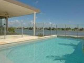 Nice House with Dishwasher and Kettle - Burleigh Heads vacation rentals