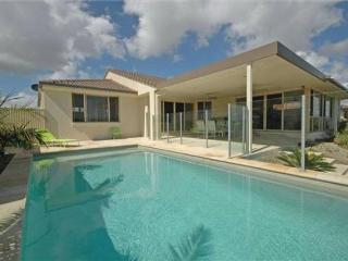 4 bedroom House with Television in Burleigh Heads - Burleigh Heads vacation rentals