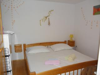 Apartments BAK- ROOM 2 - Hvar vacation rentals