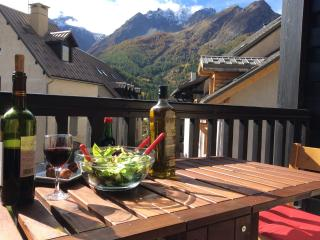 Perfect Studio in Serre-Chevalier with Internet Access, sleeps 4 - Serre-Chevalier vacation rentals
