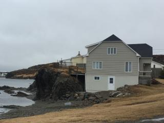 Bright 4 bedroom House in Twillingate - Twillingate vacation rentals