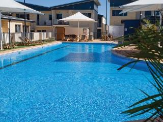3-Bedroom Furnished Townhouse near beach - Geraldton vacation rentals