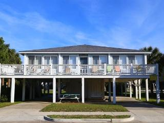 "2804 Palmetto Blvd - ""2804 Palmetto"". - Edisto Beach vacation rentals"