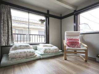 Shinjuku from 4minutes convinient Japanese traditional style popular house2 wifi - Shinjuku vacation rentals