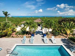 5 bedroom Villa with Internet Access in Grace Bay - Grace Bay vacation rentals