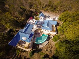 Perfect 7 bedroom Bequia Villa with Deck - Bequia vacation rentals