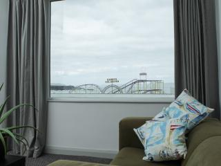 MALIN APARTMENT OCEANS 14 PORTRUSH - Portrush vacation rentals