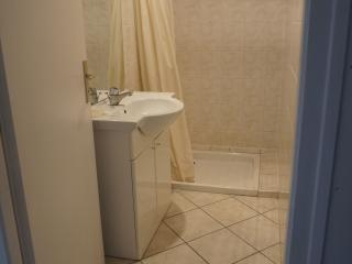 Nice Studio with Parking and Satellite Or Cable TV - Aoste vacation rentals