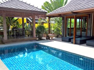Perfect Villa with Balcony and Water Views - Khanom vacation rentals