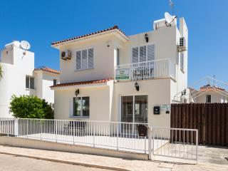 Villa Jenivia - 2 Bedroom Villa, close to beaches, free wifi. - Protaras vacation rentals