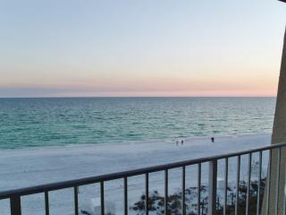 *404D BeachHouse ON the beach!* - Destin vacation rentals