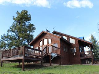 Pine Vista, a beautiful home located in Pagosa Springs, offers a serene and relaxing vacation. - Pagosa Springs vacation rentals