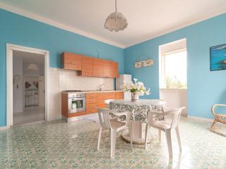 Cozy 3 bedroom Taviano Villa with Television - Taviano vacation rentals