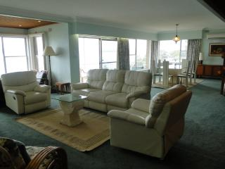 Perfect House with Long Term Rentals Allowed and Refrigerator - Nelson Bay vacation rentals