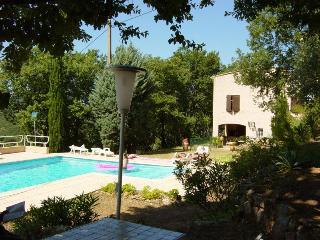 Appartement en villa 4 personnes - Bagnols-en-Foret vacation rentals