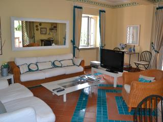 Rome by the sea luxury villa garden - Rome vacation rentals