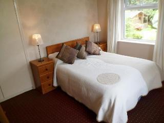 Heather Lodge Double Room - Galway vacation rentals