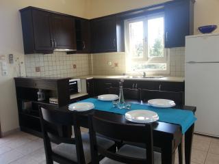 2 bedroom Apartment with Internet Access in Fiscardo - Fiscardo vacation rentals