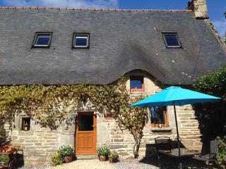 Blavet Forest Gites - Vine Cottage - Quistinic vacation rentals