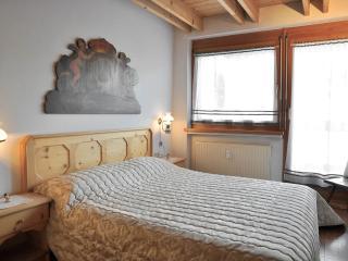 La Villa – Residence Ciasa Sottsass**, Attic, Three room apartment 3P0 - La Villa vacation rentals
