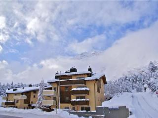 2 bedroom Apartment with Television in Maloja - Maloja vacation rentals