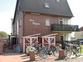 Cozy 1 bedroom Borkum Apartment with Television - Borkum vacation rentals