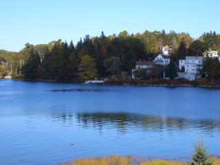 Beautiful Condo with Housekeeping Included and Television - Boothbay Harbor vacation rentals