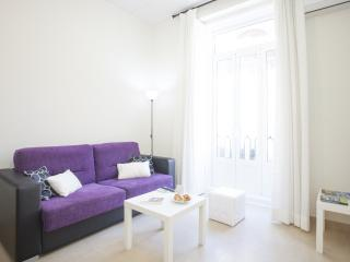 Cozy Condo with Internet Access and A/C - Manises vacation rentals