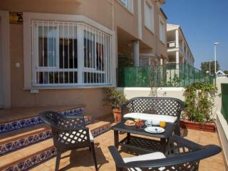 Nice 4 bedroom House in Puig - Puig vacation rentals
