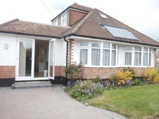 Near beach and new forest 3 large bedrooms WiFi - Walkford vacation rentals