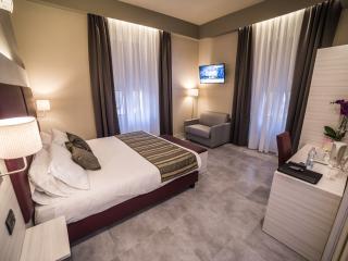 Cinque Terre Gateway Double/Twin Room - La Spezia vacation rentals