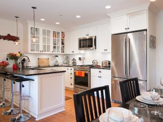 2 Bedroom Luxury Heritage Suite - Best location - Vancouver vacation rentals