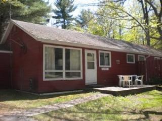 Lovely 2 bedroom House in Arbor Vitae - Arbor Vitae vacation rentals