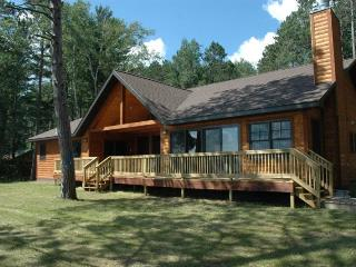 Perfect House with Parking and Fireplace - Lac du Flambeau vacation rentals