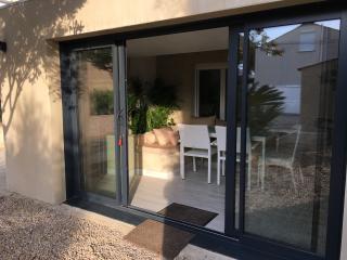 Cozy 2 bedroom Apartment in Le Grau d'Agde with Internet Access - Le Grau d'Agde vacation rentals